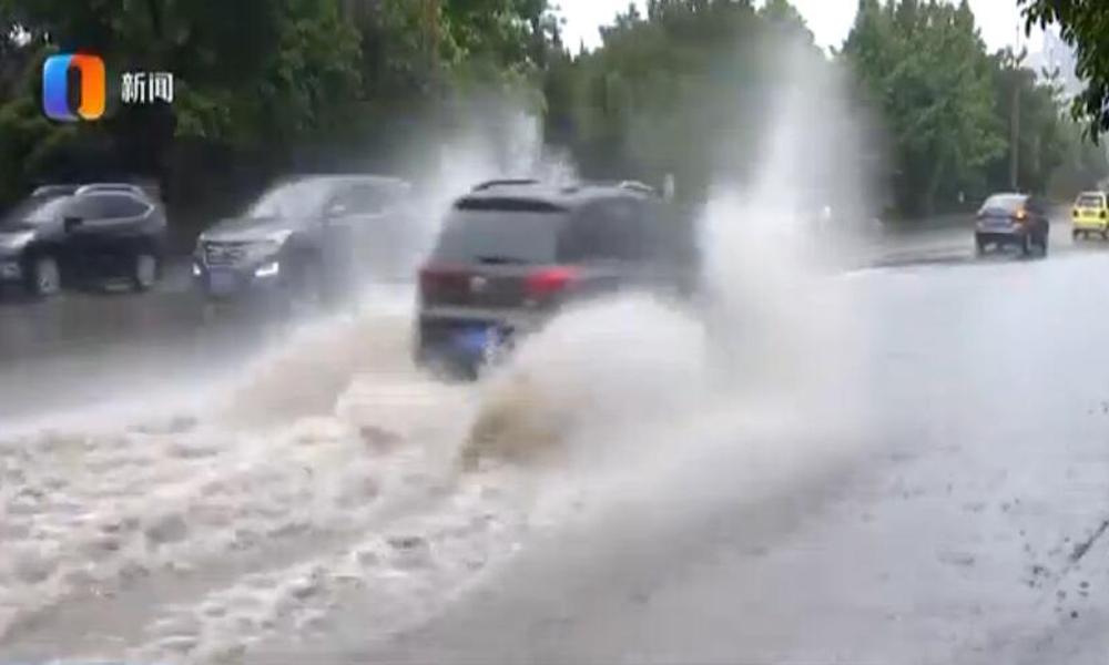 昨日重庆多地遭遇强对流天气 今起三天仍持续阴雨天气