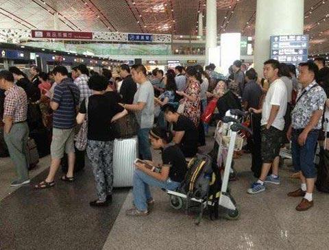 首都机场航班大面积延误或取消-首页-中国天气网