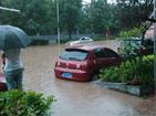 强降雨致重庆多地现险情 交通受阻