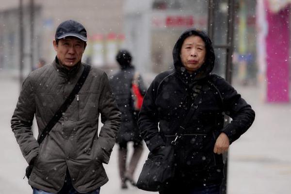 北方气温波动多大风 南方阴雨再度发展