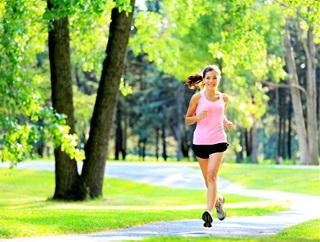每天坚持快走5公里能减肥吗?