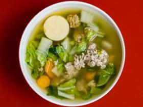 秋季防燥宜喝汤