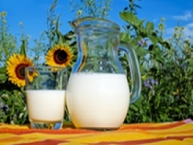 牛奶到底该怎么喝?记住这五点就够了