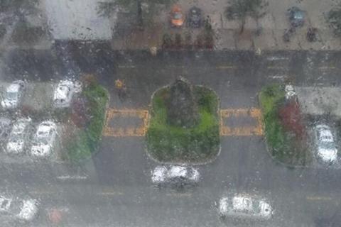 南方降雨上线 请收下这份雨天出行指南