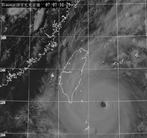 数据帝:一个可能打破历史的超强初台风来了