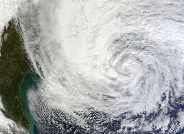 数据帝:台风跑到大东北变性 后果很严重
