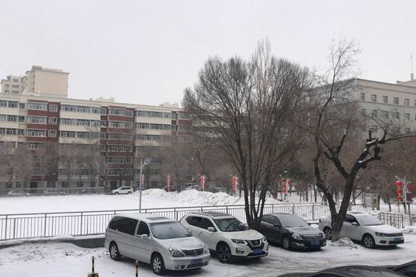 中东部雨雪降温来袭 10省降雪局部暴雪
