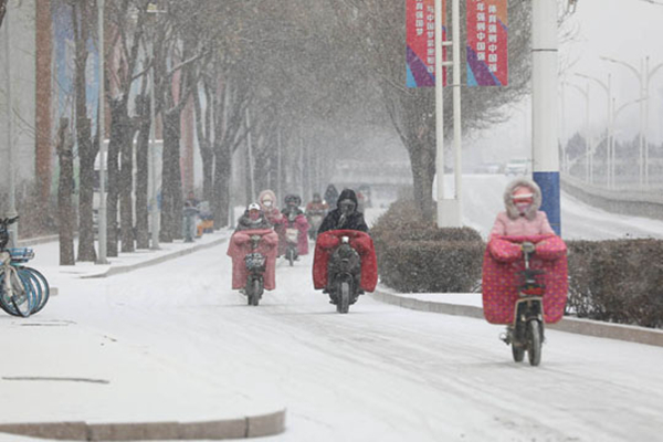 华北迎今冬来最强降雪 江南等地连续湿冷