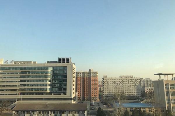 北京周末升温宜出游最高温近20℃ 今天午后阵风6级