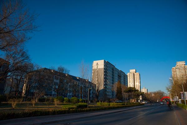 周末北京天气晴好今天阵风5级 周日昼夜温差达15℃