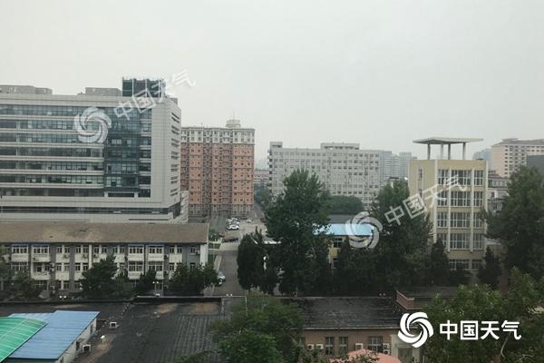 北京今有中雨阵风7级左右