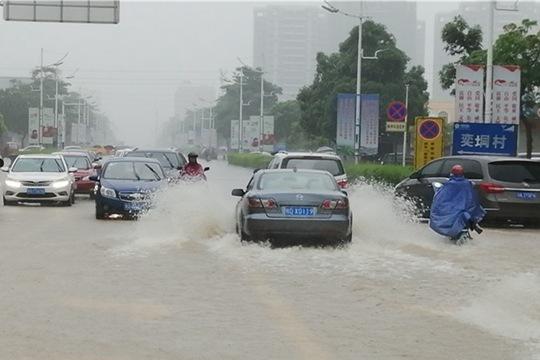 强降雨收缩至华南 北方仍多大风晴热回归