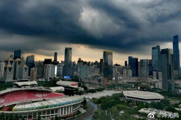 今后三天广东强降雨持续并伴强对流 高考期间闷热多雷雨