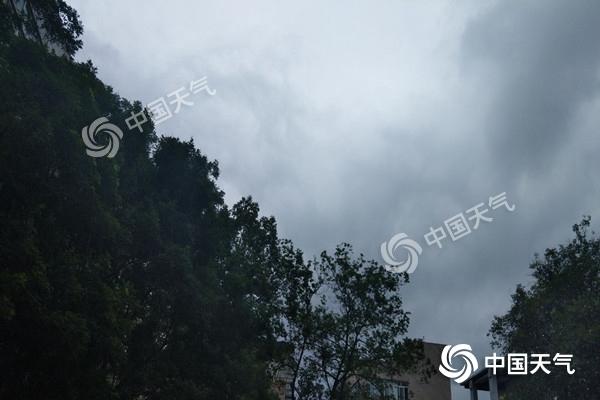 四川今天降水明�@�o州局部有暴雨 明后天雨水�p弱停歇