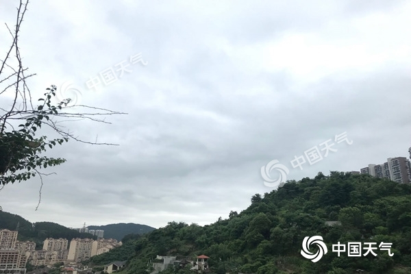"""黄淮高温""""炙烤""""持续 今明天南方较强降雨东移"""
