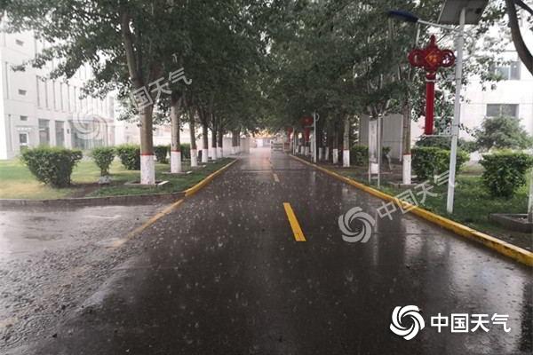 内蒙古雨水缓解旱情 今天炎热天气向东转移