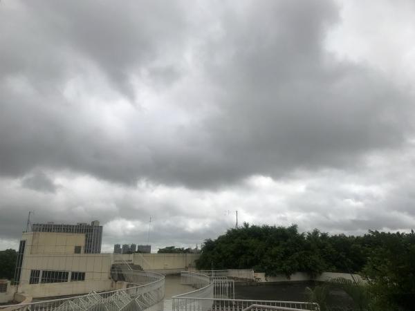 云南江西等11省区有大到暴雨 北方多地超40℃