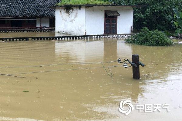 雨水霸屏!广西桂林柳州等局地或现特大暴雨