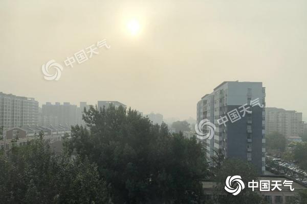 北京今天开启高温闷热模式 明夜雷阵雨来袭