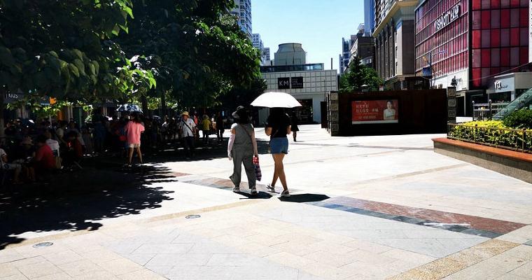 南方高温多地持续热到融化 北方迎汛期以来最大范围降雨