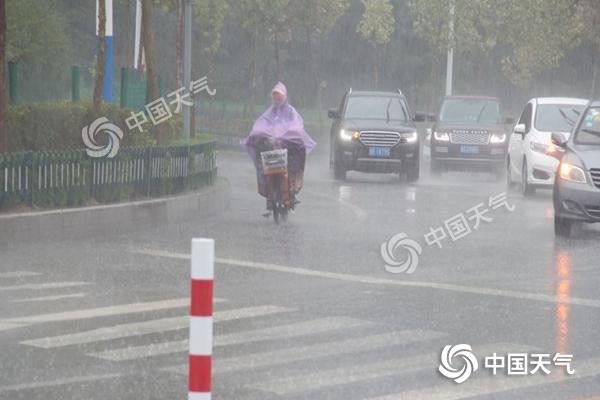 """台风""""利奇马""""渐远山东雨势减弱 【今天局地仍需防范大暴雨】"""