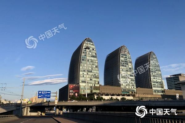 北京今日阵风七级北部山区有小阵雨 周末以晴为主宜出行
