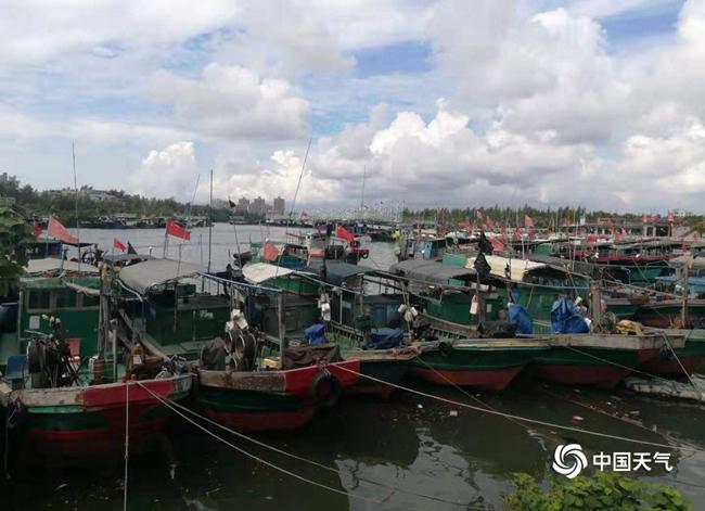 台风杨柳携风带雨影响我国 南方暑热消退
