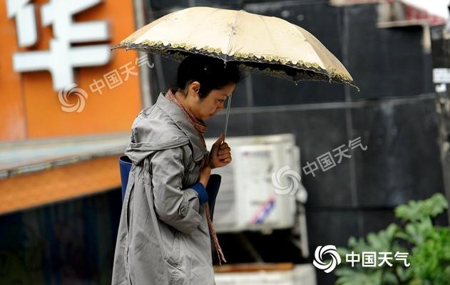"""台风雨""""侵扰""""华东沿海 北方缓升温多地将回归30℃"""