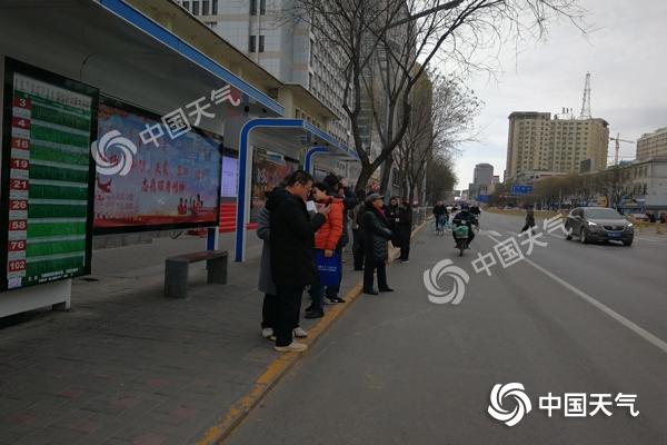 江南等地降温10℃以上 7省会集体开启入冬进程