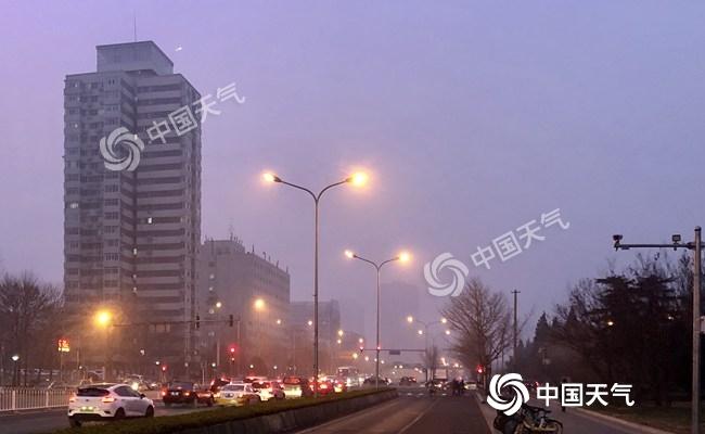 北京今日午后阵风6级能见度转好 明后天气温下降明显
