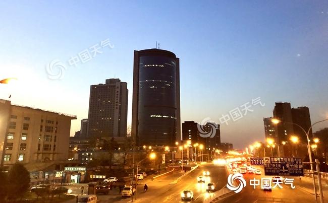 今日北京阵风6级明起气温下滑 周日或再迎降雪