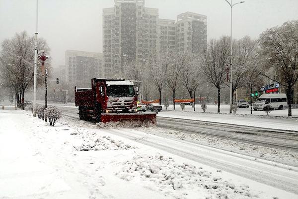 江南等地持续回暖 东北需防雪后寒