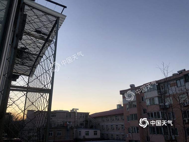 北京双休日以晴天为主 白天最高气温达10℃