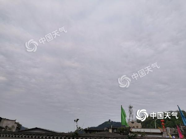 """强降雨""""盯上""""华南广东入汛在即 南北气温或再现倒挂"""