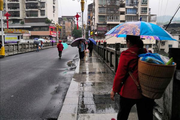 湖南本周将遇两次强降雨过程 永州郴州今日局地大暴雨