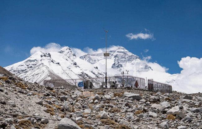当我们攀登8000米之上的珠峰时会遇上什么致命天气?