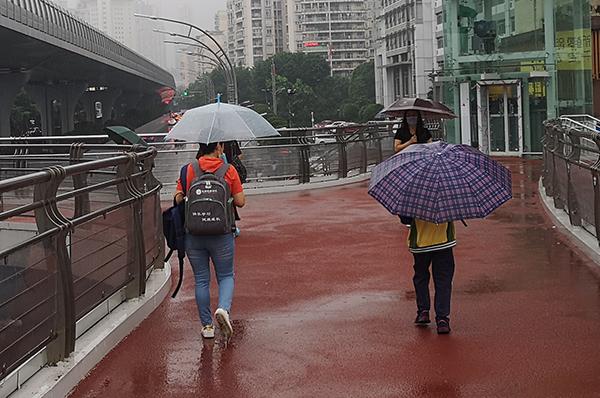 """西南江淮強降雨增多 高溫南北兩端""""冒頭"""""""