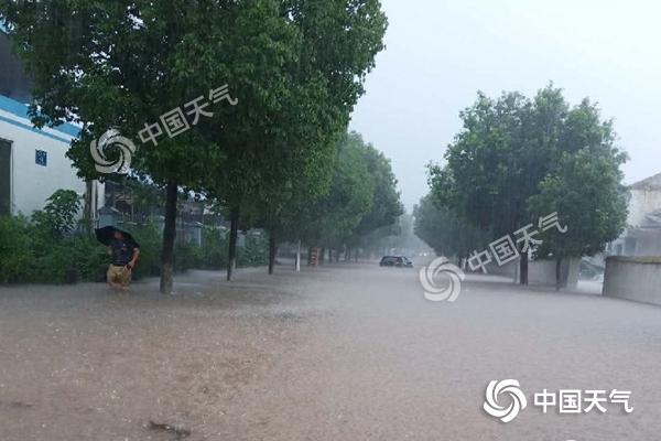 """25条河流超警!这波降雨太猛 湖北等4省遭遇""""泼水式""""降雨"""