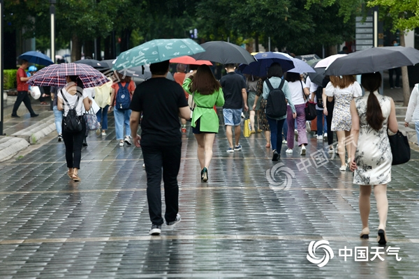 注意!北京今日将迎入汛以来最强降雨 局地有冰雹大风