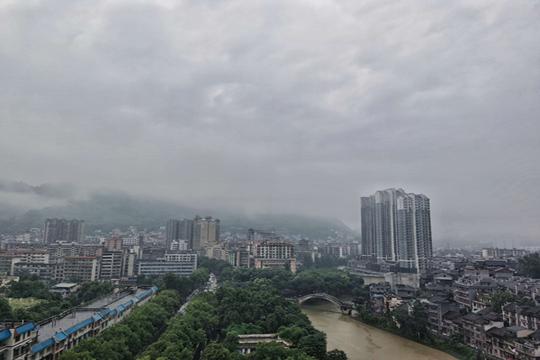 暴雨预警中断今日南方雨势减弱 明起新一轮强降雨登场