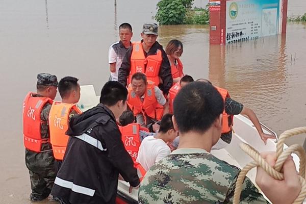 周末暴雨不断 河南安徽江苏等地有大暴雨