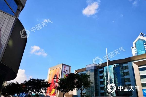 """广东今后三天酷热局地可达37℃以上 雷雨""""不期而至"""""""