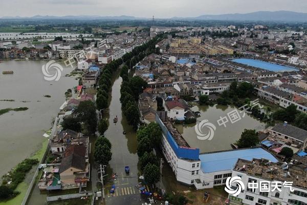 本周末四川盆地至长江中下游暴雨连连 汛情依然严峻