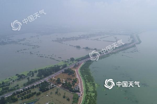 长江中下游强降雨又至 华北东北高温缩减
