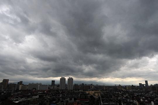 未来三天北方多地雨势猛烈 江淮江南高温盛行