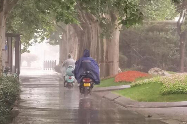 山东周末雨水不下线 今日全省有小雨最高温大部低于30℃