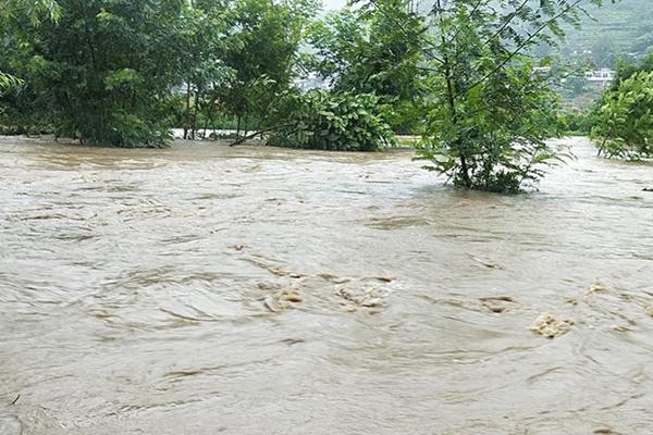 今明北方新一轮降雨来袭 四川盆地周末再遭大暴雨