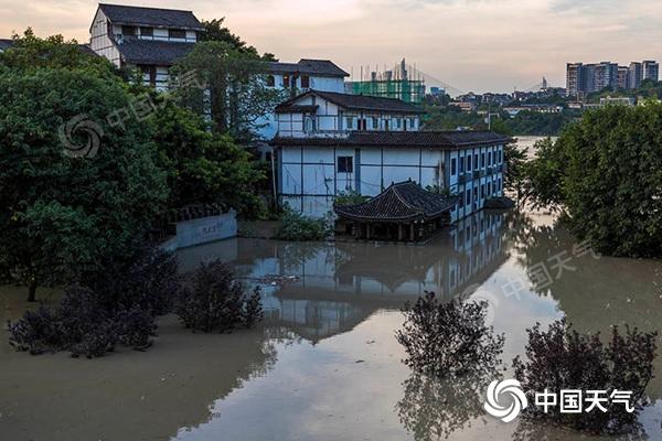 四川新一轮强降雨与前期高度重合 成都等7市局地大暴雨