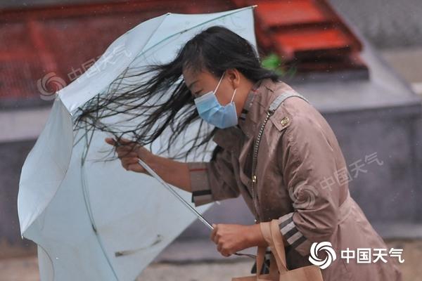 臺風停編≠影響結束!今日東北仍有強風雨 需關注災害疊加影響