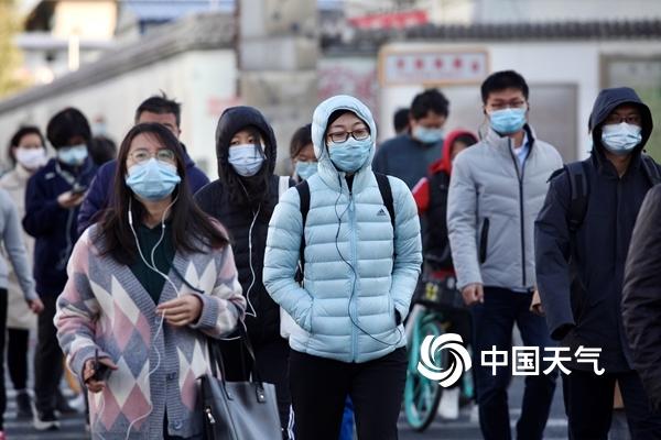 别让冷空气钻空子!全国感冒气象指数地图告诉你哪里易感冒